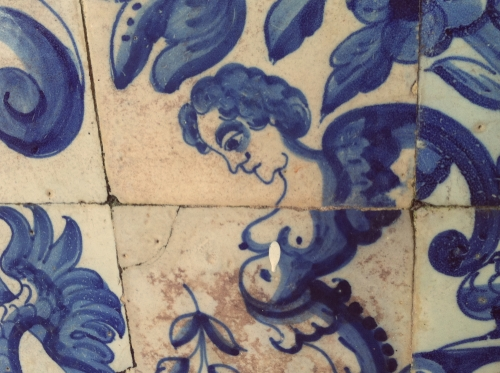 Azulejo português na Igreja de Santo Antônio, Cairu -Bahia